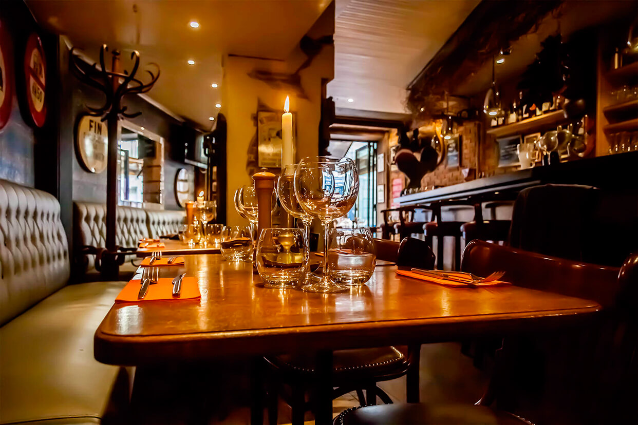 Restaurant Sens Unique Paris 47, rue de Ponthieu Téléphone : +33 (0)1 43 59 76 77